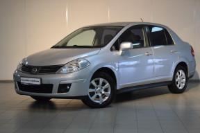 Nissan Tiida 1.6 MT (110 л. с.)