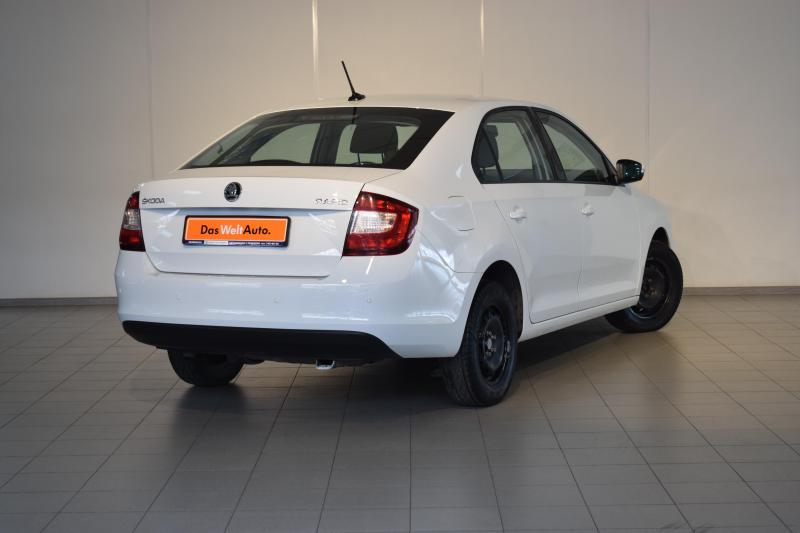 ŠKODA RAPID 1.6 MT (90 л. с.)