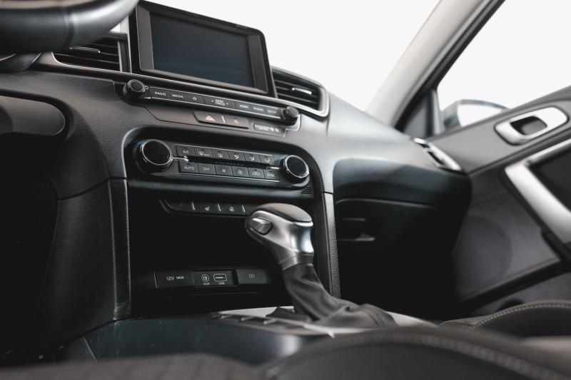 Kia Ceed 1.4 T-GDI DCT (140 л.с.) Luxe
