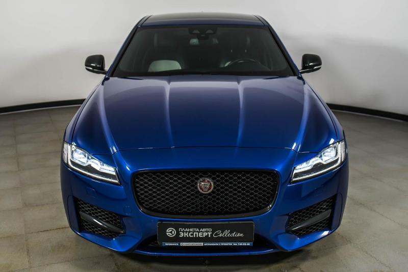 Jaguar XF 2.0 D AT AWD (180 л. с.) R-Sport