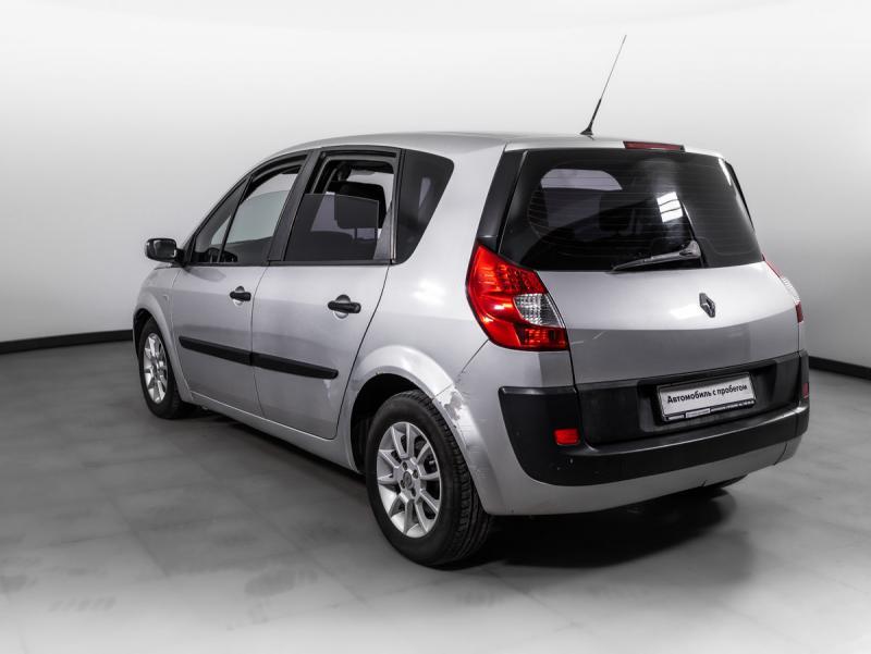 Renault Scenic 1.6 MT (115л.с.)