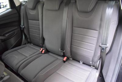 Ford Kuga 2.5 AT (150 л. с.) Titanium Plus