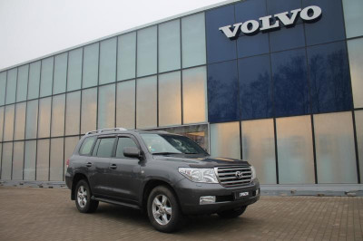Toyota Land Cruiser 4.5d AT (272 л.с.) 4WD